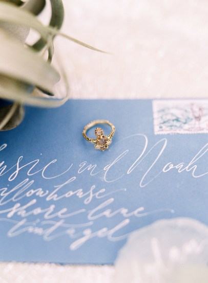 The Sirens Song - Coastal Cool Bride and Wedding Inspiration Featuring Anna Campbell, Watters and Jenny Yoo (Get Inspired Styled Shoots )