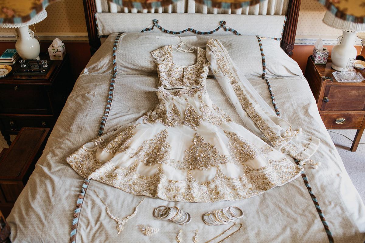Bridal Mehndi Yorkshire : A vibrant indian ceremony and elegant english fusion