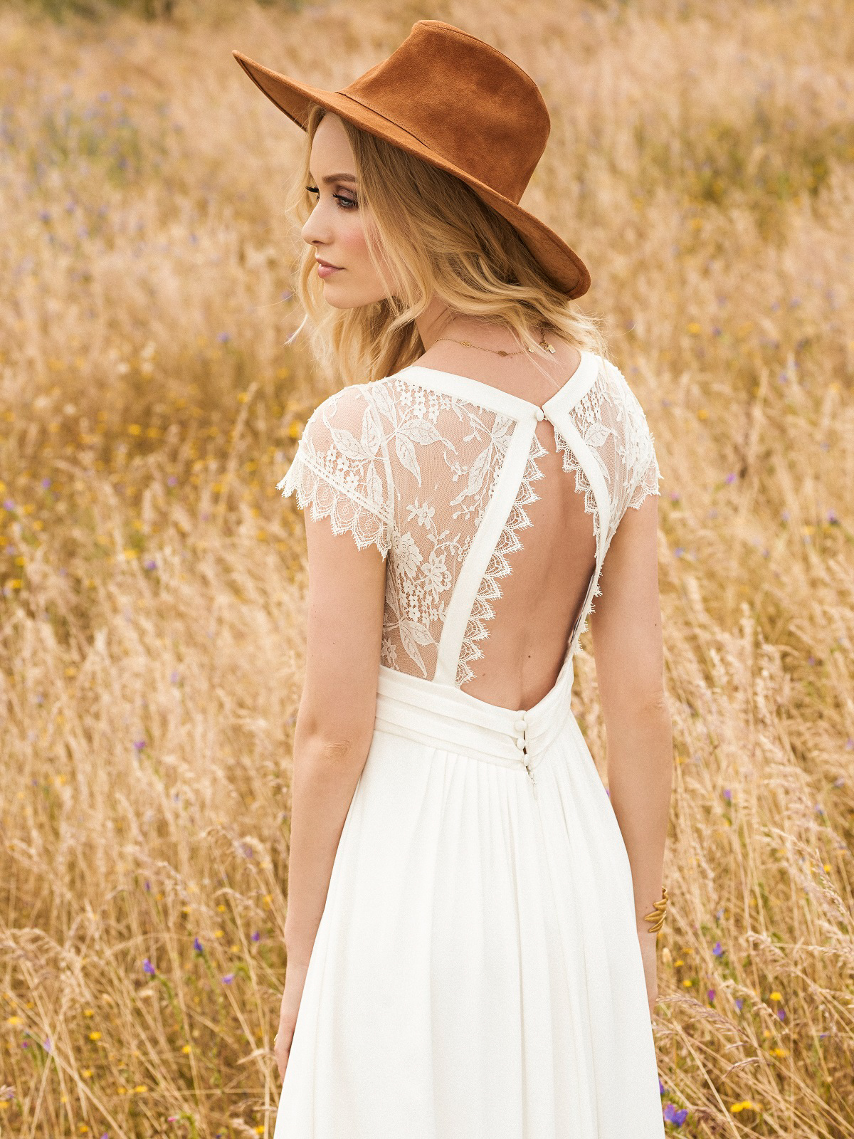 Rembo Styling – Bohemian Chic Bridal Style in the New 2017 Collection