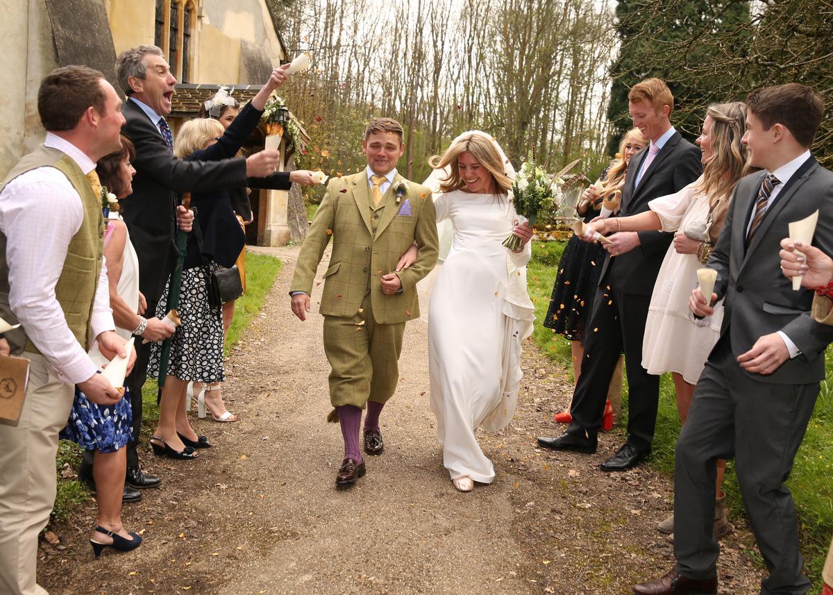 Design your own wedding dress with Caroline Arthur.