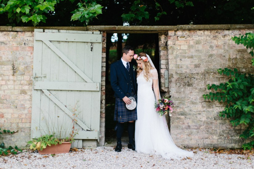 Win Beautiful Wedding Photography Worth £1,800 From Melissa Beattie (Get Inspired )