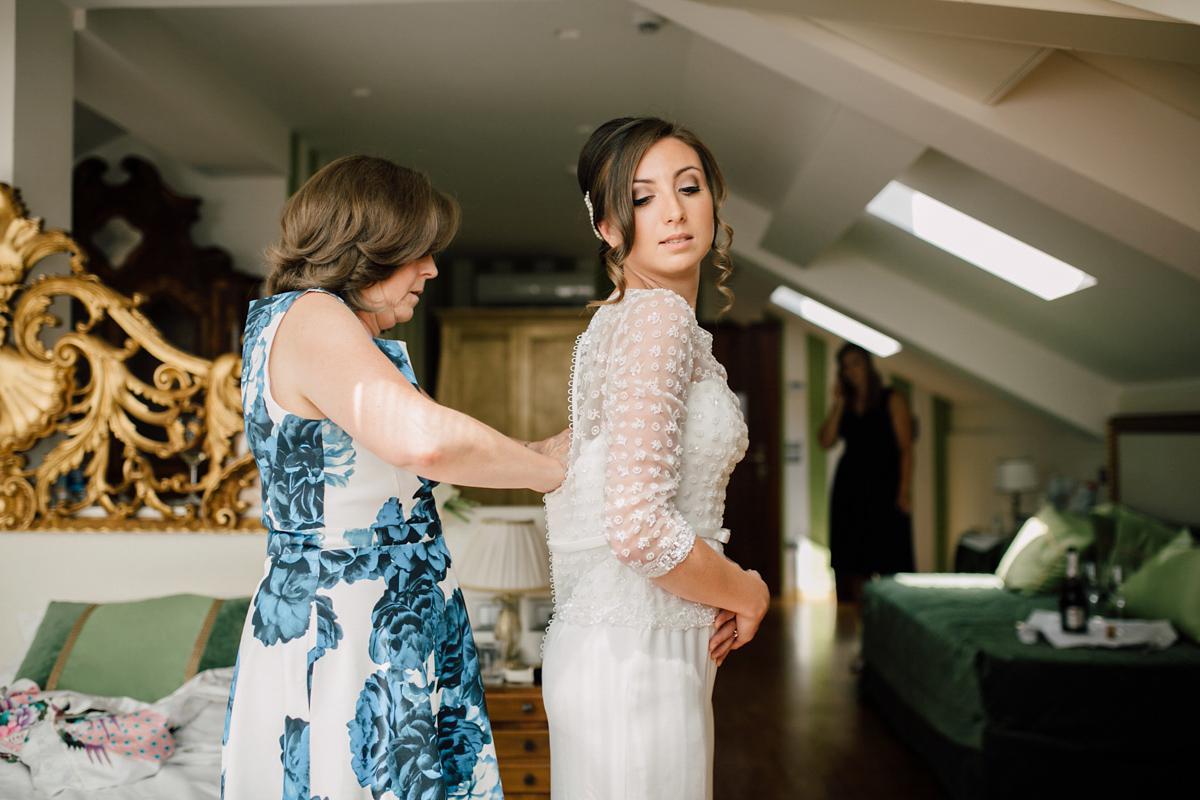 Rosa Clara and Bridesmaids in Blue for an Elegant Italian