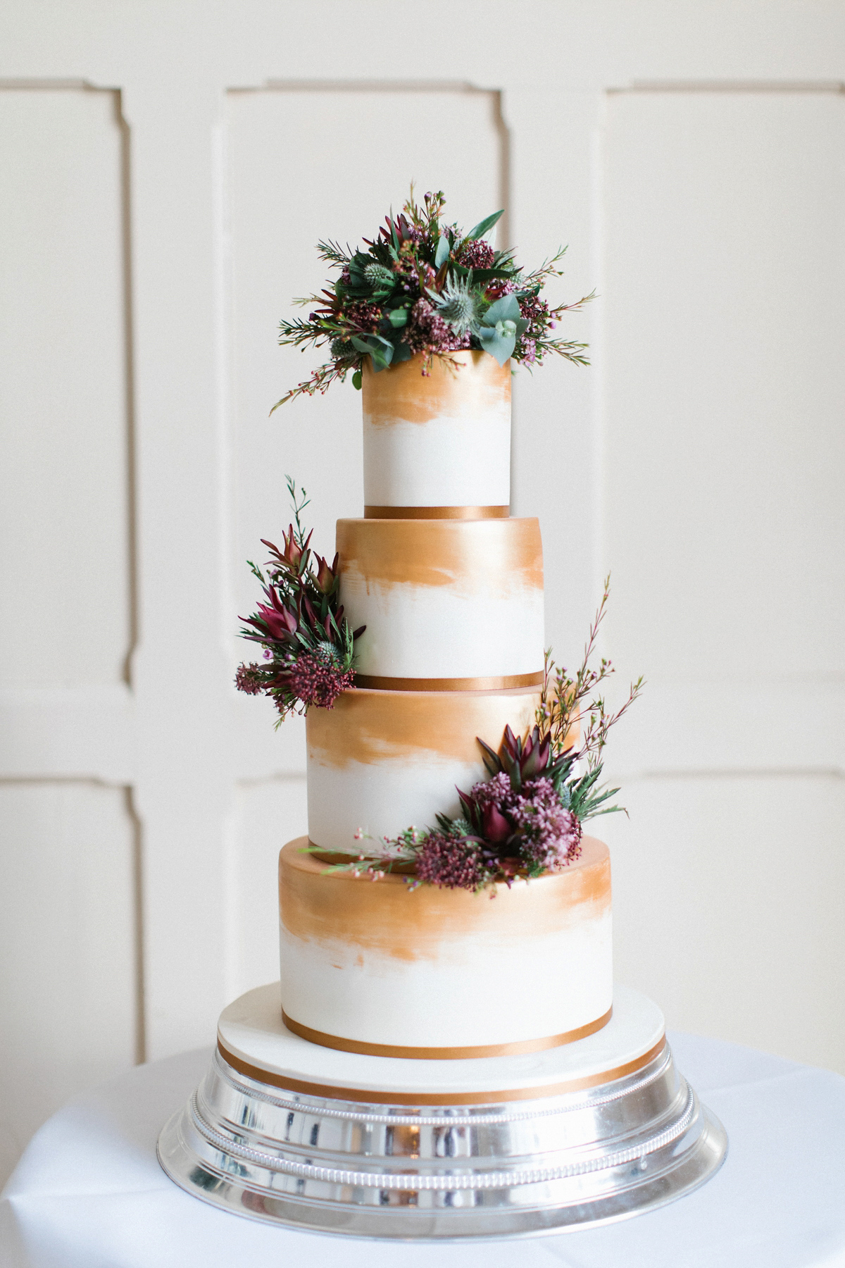 Cake Decorating Course Northumberland : An Art Deco Glamour Inspired Winter Wedding with ...