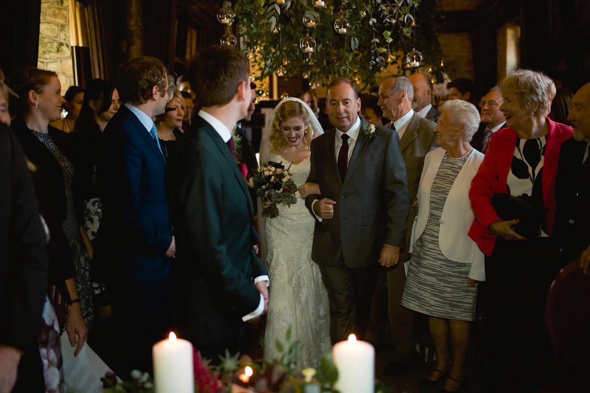 Elegant Marcel Waves for a Hygge Inspired Wedding (Weddings )