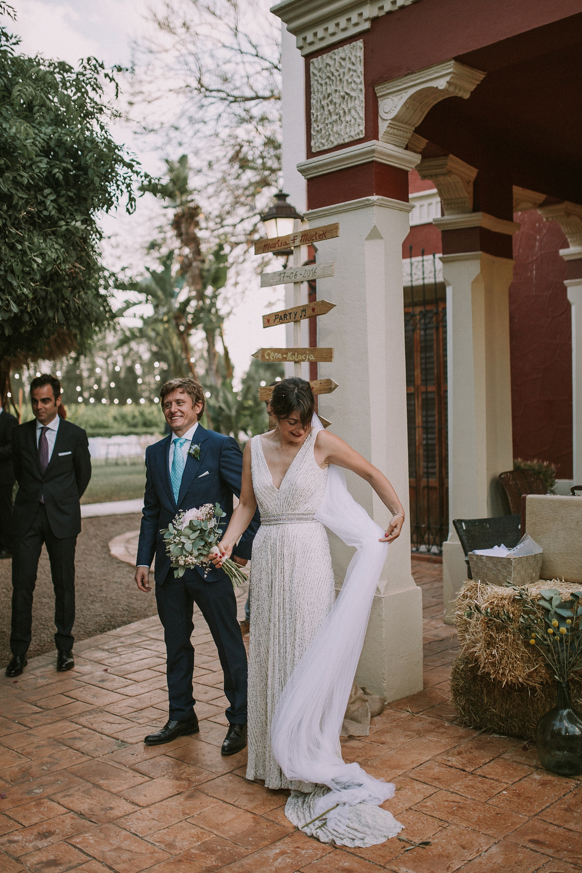 A Jesús Peiró Gown For An Elegant and Bohemian Spanish Wedding