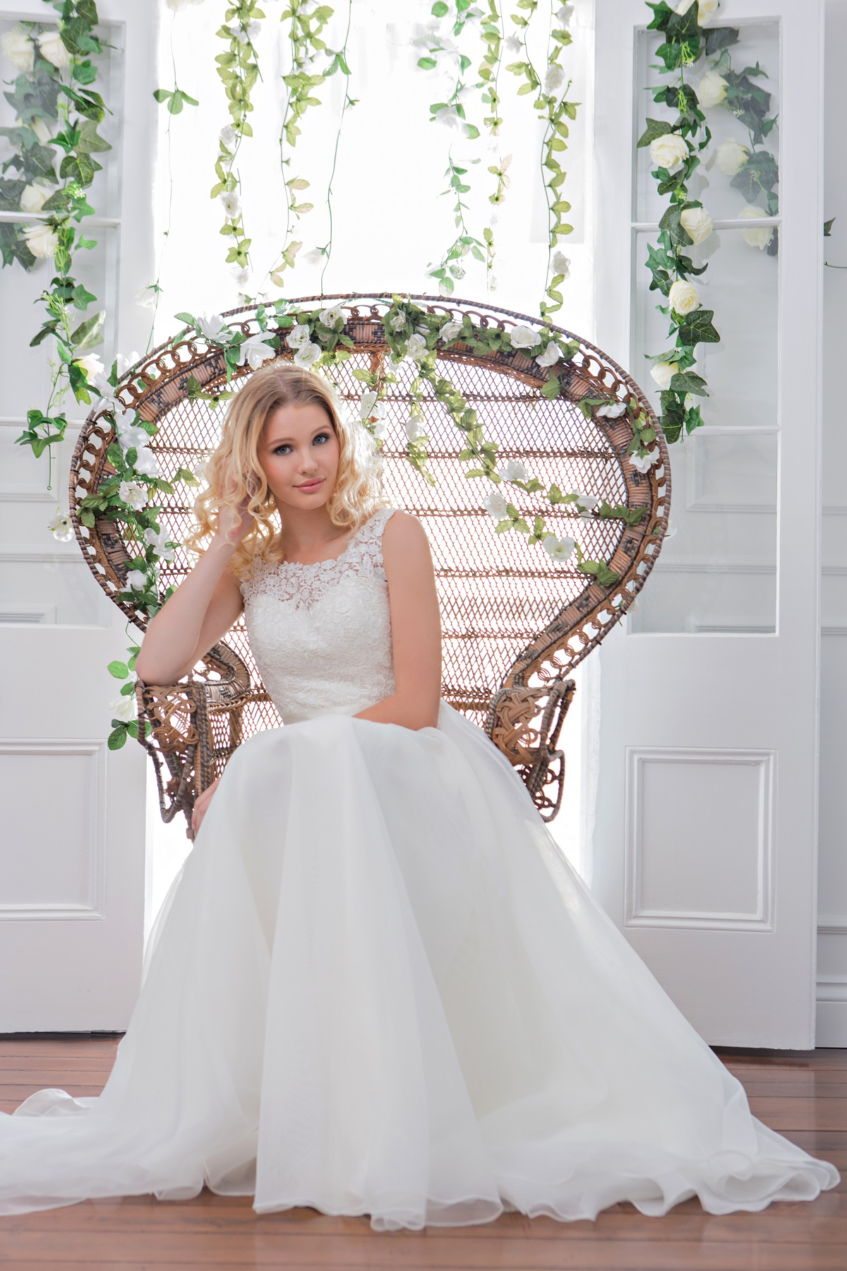 Designer wedding dresses uk sale wedding dresses in redlands for Designer wedding dresses uk