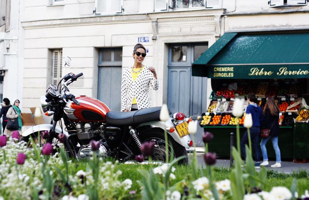 paris-eiffel-motorcycle