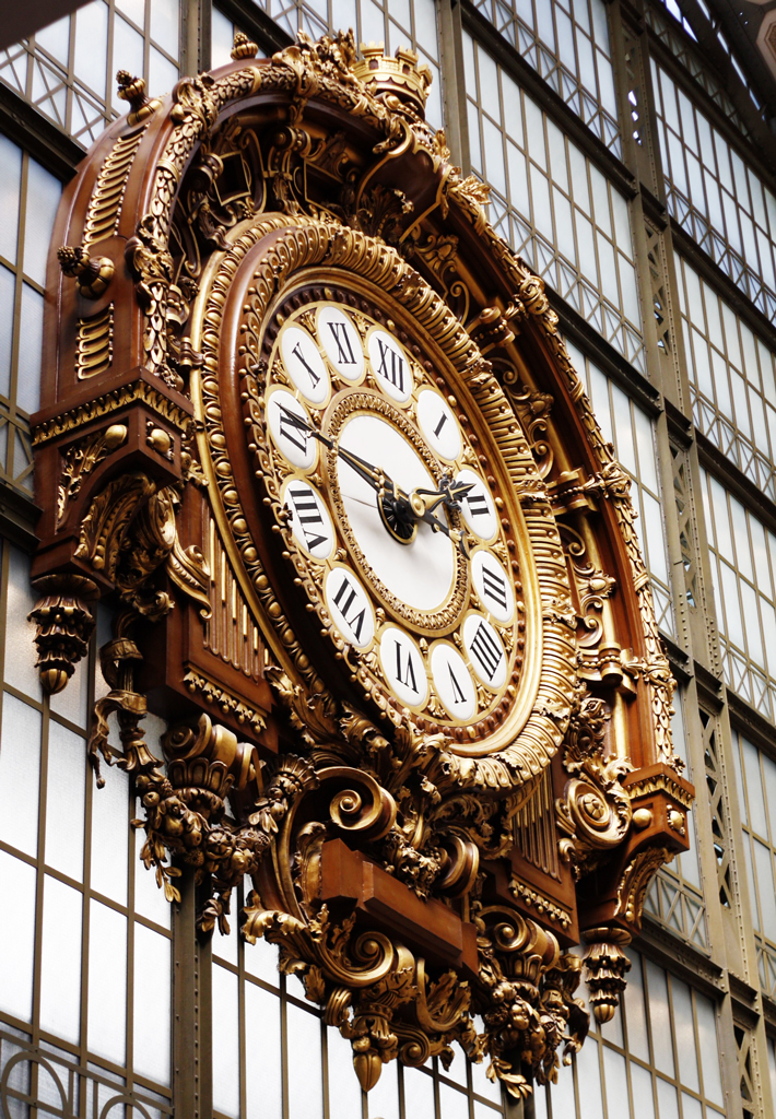 paris-velib-dorsay-clock