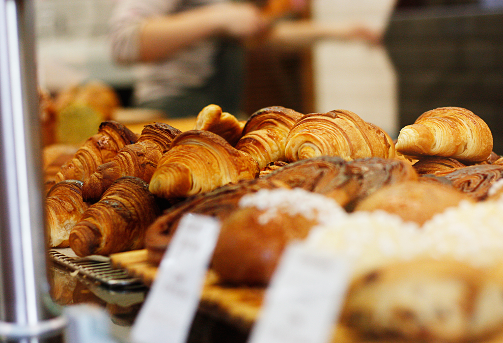 paris-foods-croissontsondisplay