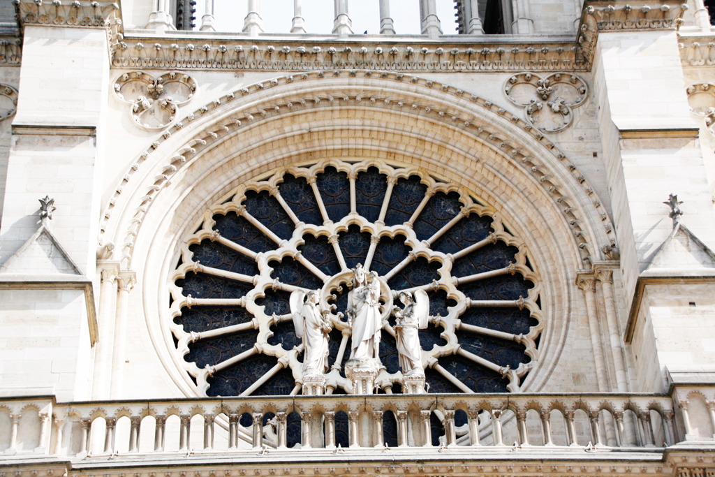 paris-notredame-window