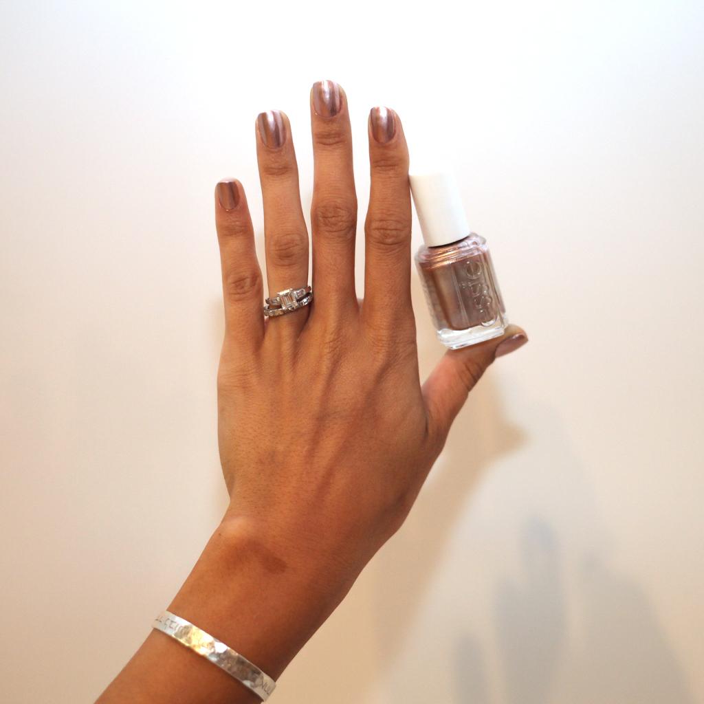penny-talk-essie-nail-polish