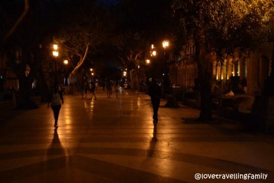 Paseo de Prado at night, Havana