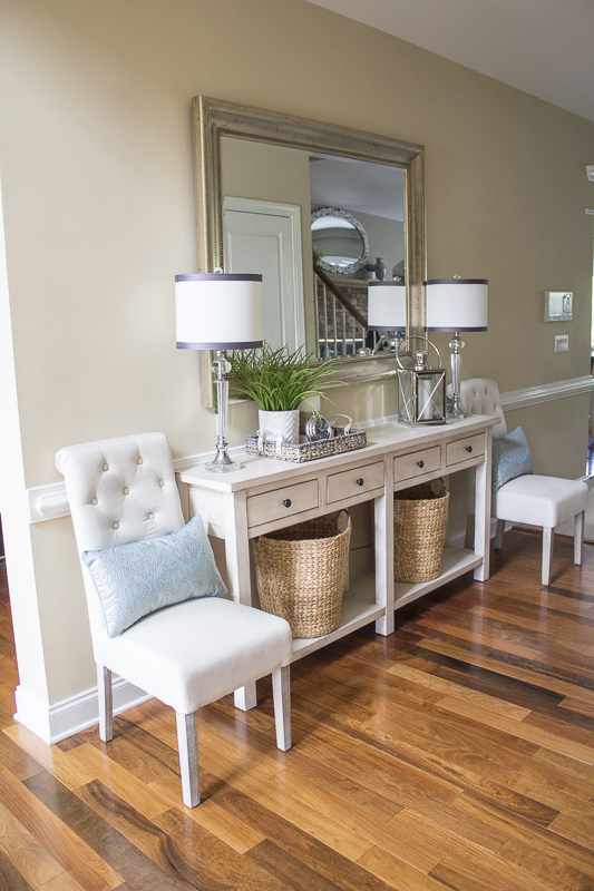 linda-foyer-classic-style-neutral