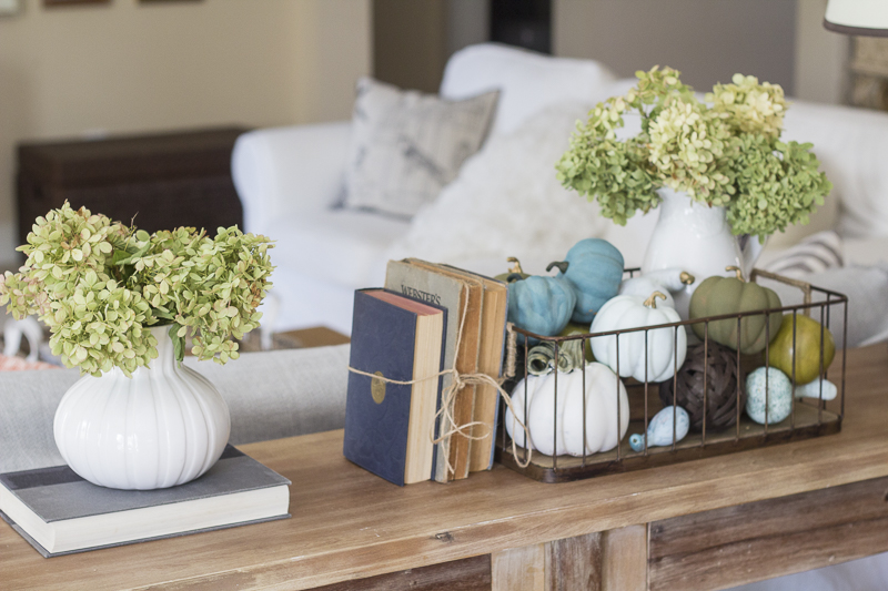 fall-decor-pumpkins