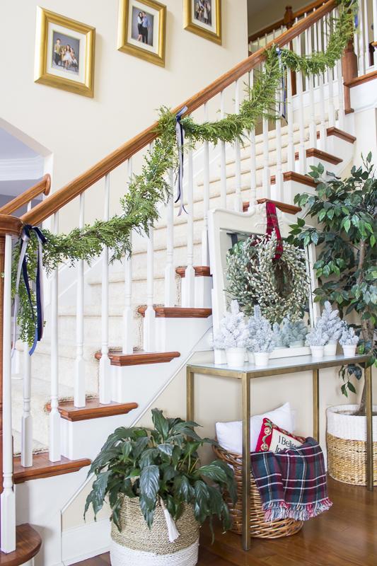 christmas-decorating-plaid-loveyourabode-9
