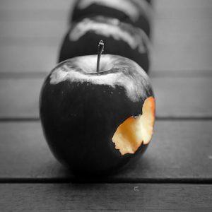 apple-652570_640