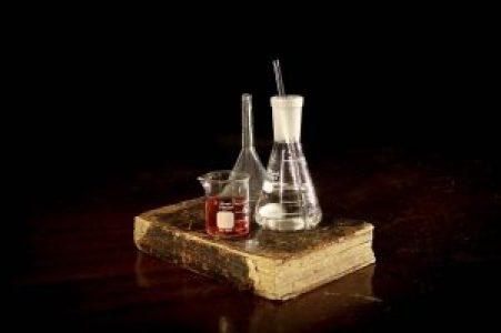 pharmacy-2055124_640
