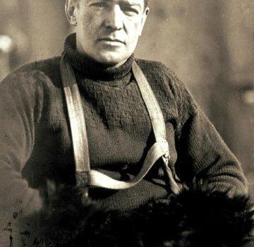 Ernest Henry Shackleton (Kilkea House, 15 febbraio 1874 – Grytviken, 5 gennaio 1922)