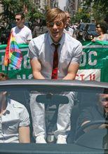 Dustin Lance Black, premio oscar per Milk, è lo sceneggiatore di Hoover
