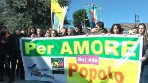 Don Ciotti sfila con il comitato Don Peppe Diana