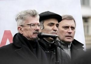 Limonov e Garry Kasparov - e Kasyanov - uniti nella lotta