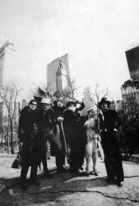 Eduard Limonov a New York (ultimo a destra)