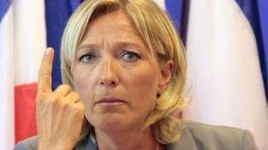 Marine Le Pen. Contro l'euro e la globalizzazione.