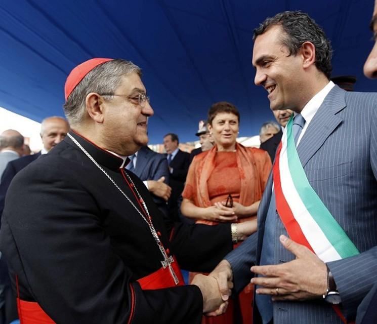 Il cardinale Sepe e il sindaco De Magistris