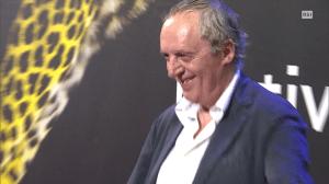 Dario Argento che sorride, a Locarno si può