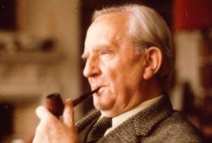 Tolkien. Il Signore degli anelli, un capolavoro della letteratura che sfugge ad ogni classificazione.