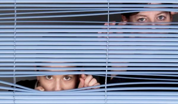 parents-spying-on-facebook