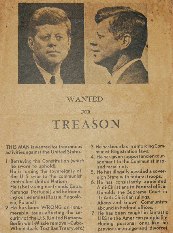 Volantino distribuito a Dallas il giorno dell'assassinio di John Kennedy in cui lo si accusa di tradimento