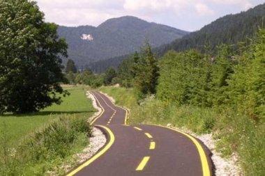 le-piste-ciclabili-più-belle-d-italia