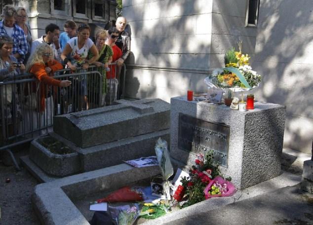 Tomba di Jim Morrison, Parigi