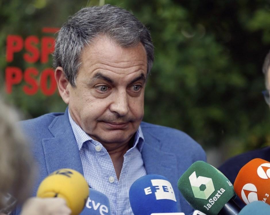 José Luis Rodríguez Zapatero è un politico spagnolo, primo ministro della Spagna dal 2004 al 2011.