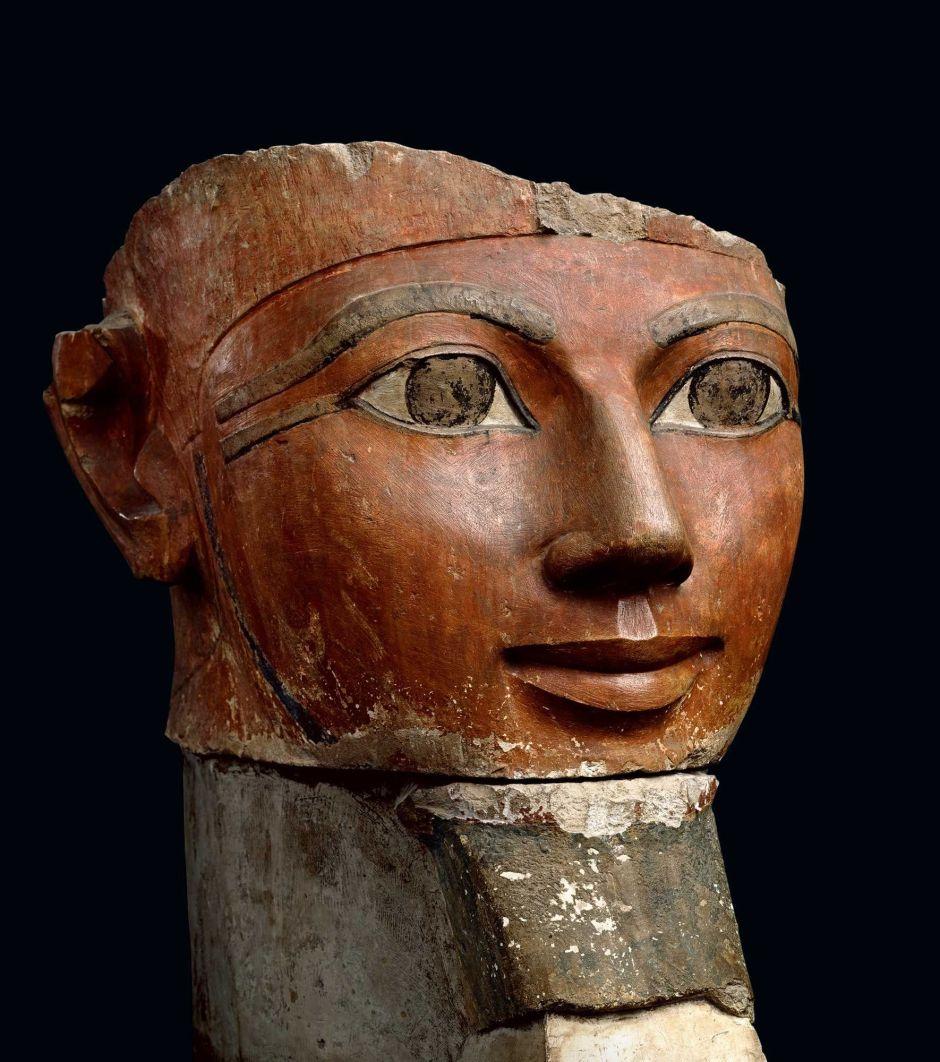 Busto di Hatshepsut con falsa barba