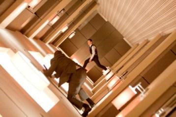 con o senza scala di Escher si viaggia tra le dimensioni
