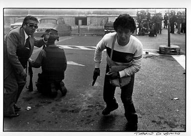 solite cose anni 70. polizia a fare casino