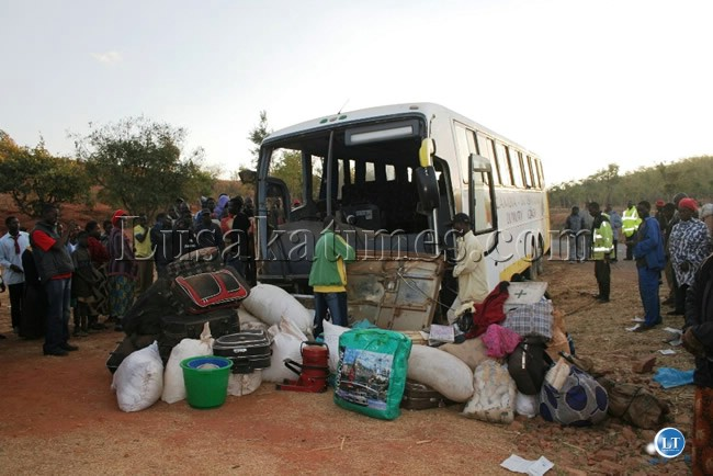 Lusaka bound bus from Lundazi that was involved in an accident at Mnoro area about 10 kilometers to Chipata on the Chipata-Lundazi road