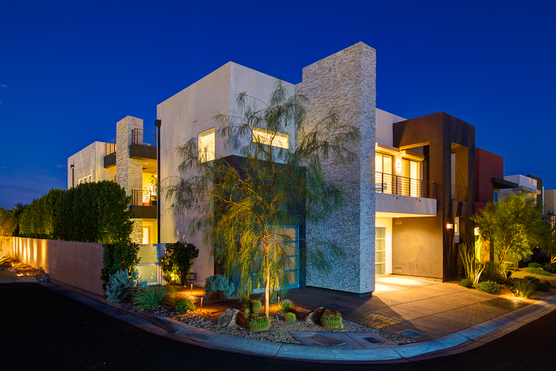 Modern lofts for sale in las vegas las vegas modern homes for Modern design houses for sale