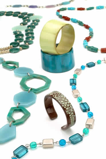 PONO Fashion Accessories is High In Style & Spirit!
