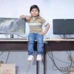 أصغر مدرس بالهند توقف نموه منذ الخامسه من العمر.!!