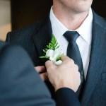 La boutonnière du marié : Comment la choisir ?