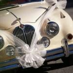 L'art de la décoration de la voiture pour un mariage