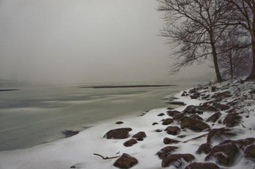 Charles river avec neige