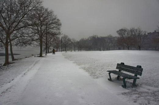 banc avec neige