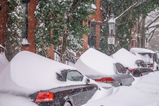 boston blizzard les voitures sous la neige 1