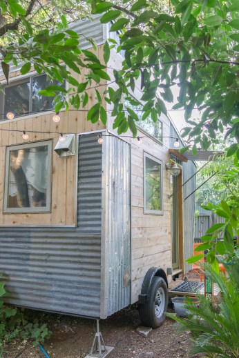 tiny house austin texas-12