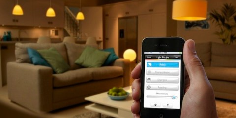 philips-hue-led-bulb-customises-your-homes-lighting-0