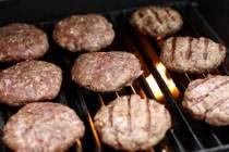 burgerscooking_550